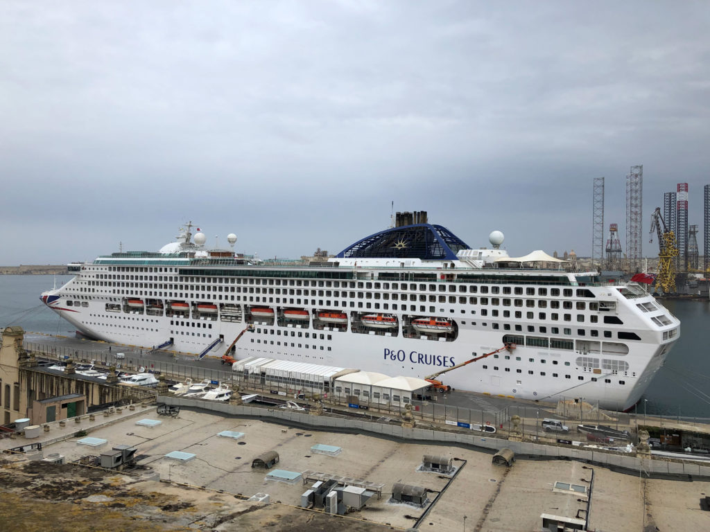 Malta_Catania_ship